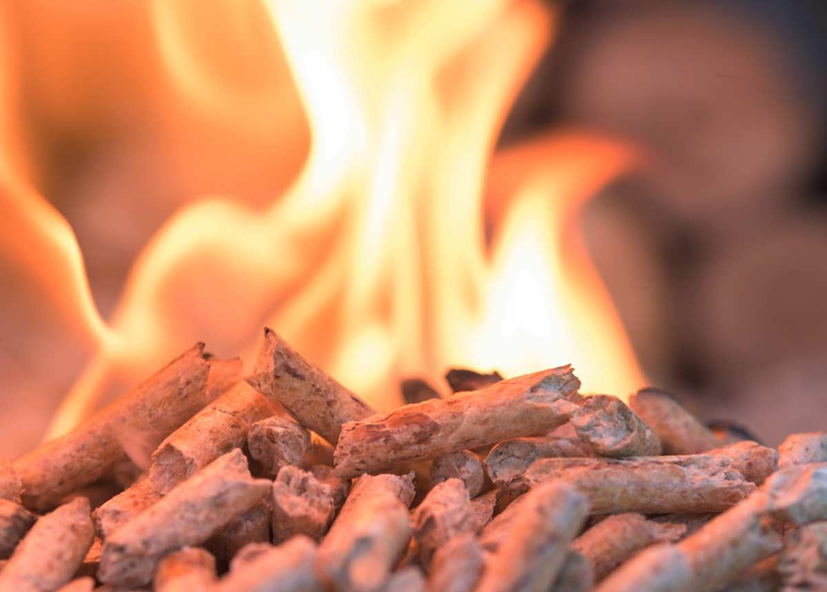 Pelletofen - ökologisch und effizient heizen mit Pellets
