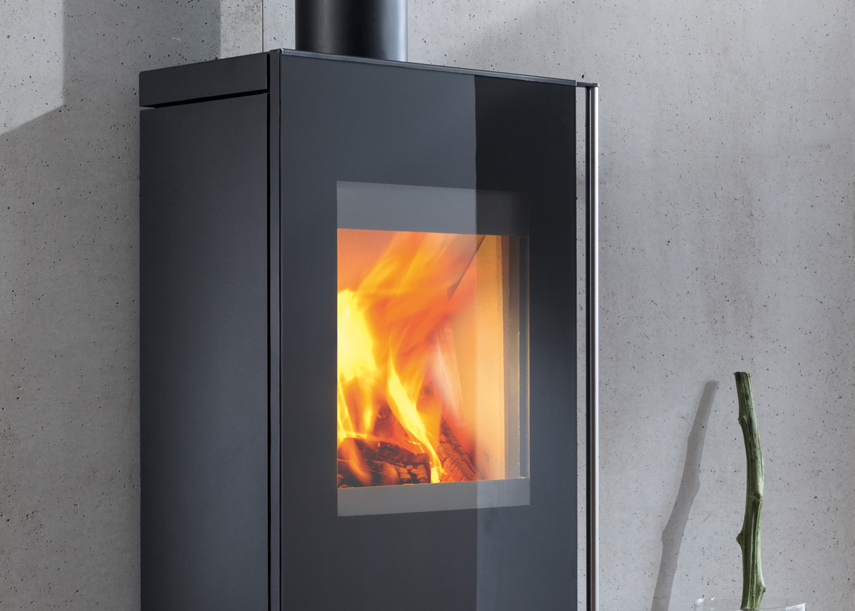 wood burning stoves co2 neutral heating with split logs